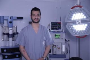 الفولى يوضح العلاقة بين عمليات تجميل الثدى وسرطان الثدى