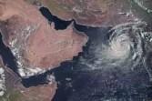 """الاعصار """"فايو"""" يغير مساره تجاه الغرب صوب الجزيرة العربية"""