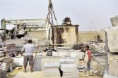مصرع سائق إثر سقوط طرد رخام علية بالمنطقة الصناعية بأسوان