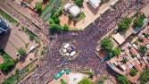احتجاجات مستمرة في مالي.. والرئيس يعلن حل المحكمة الدستورية