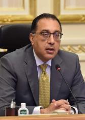 رئيس الوزراء يستعرض تقريرا بشأن التصالح في مخالفات البناء وجملة العوائد المحصلة منها