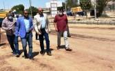 محافظ أسوان يتفقد مشروع تطوير طريق الخان بتكلفة 6 ملايين جنيه