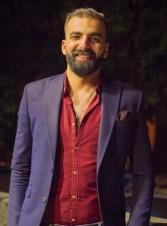 مصمم أزياء: كل رجل يجب أن يحتفظ بهذه البدل في خزانة ملابسه