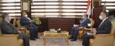 """وزير التنمية المحلية يتابع جهود رفع كفاءة منظومة المخلفات الصلبة مع شركة """" نهضة مصر"""""""