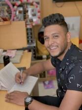 """عبد الرحمن حماده يشارك في معرض الكتاب برواية """"حنة"""""""