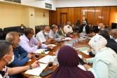 السكرتير العام المساعد تناقش خطط التنمية بقريتي حمرا دوم و أبو حزام